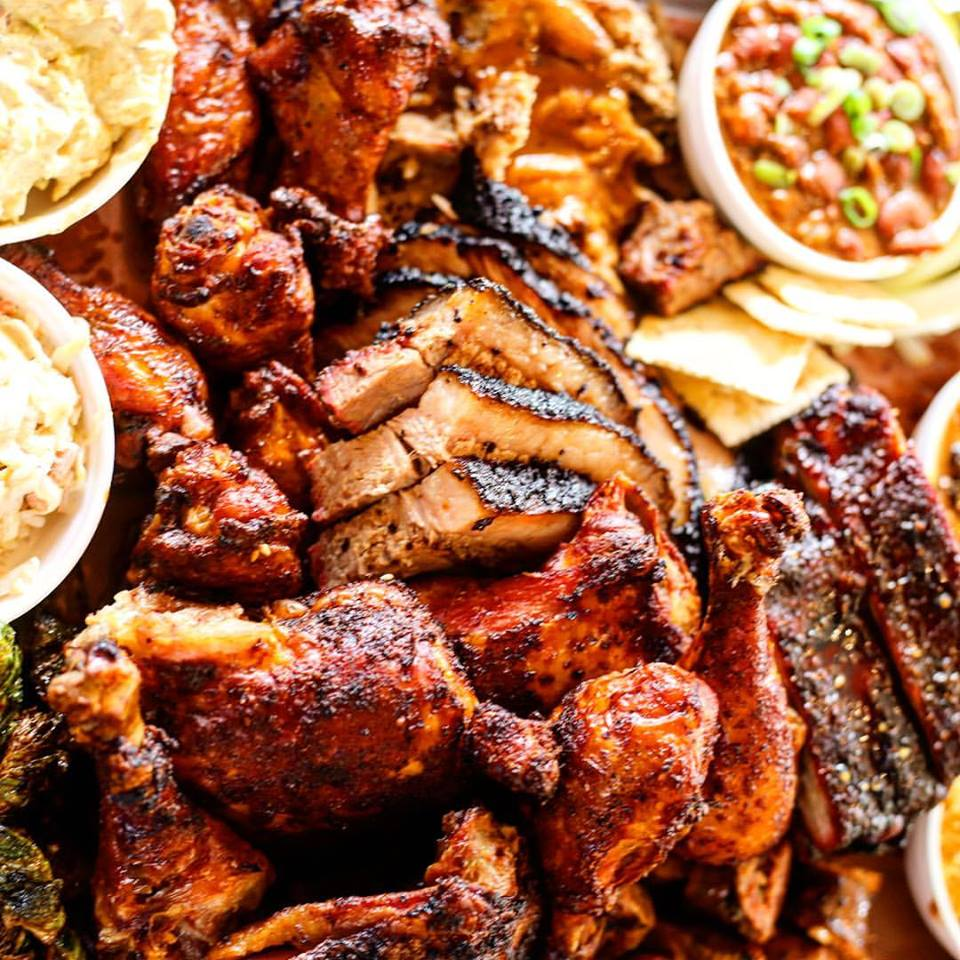Tailgate Dat! Great Restaurants for Catering Your Next Tailgate