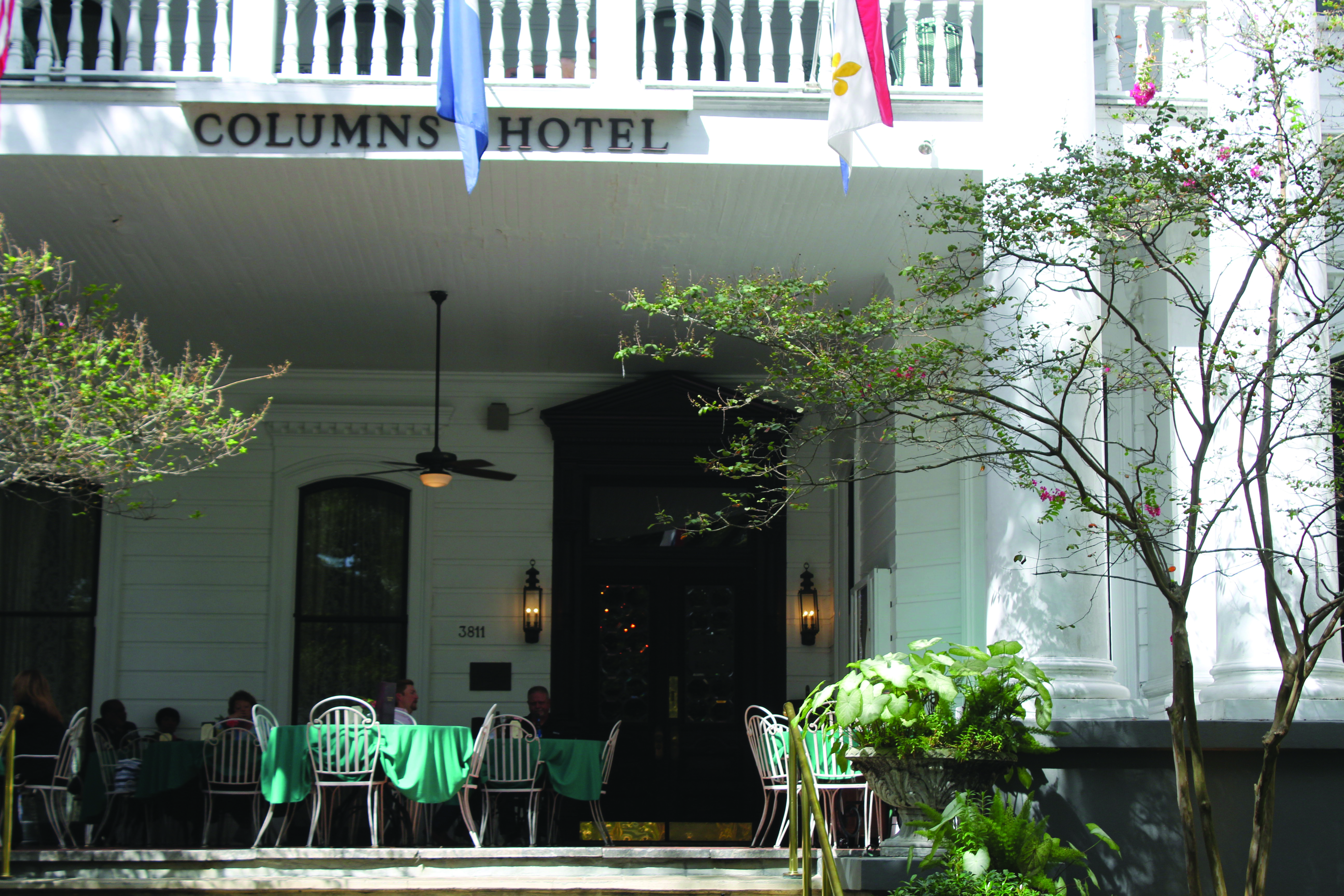2017 Spring Restaurant Guide