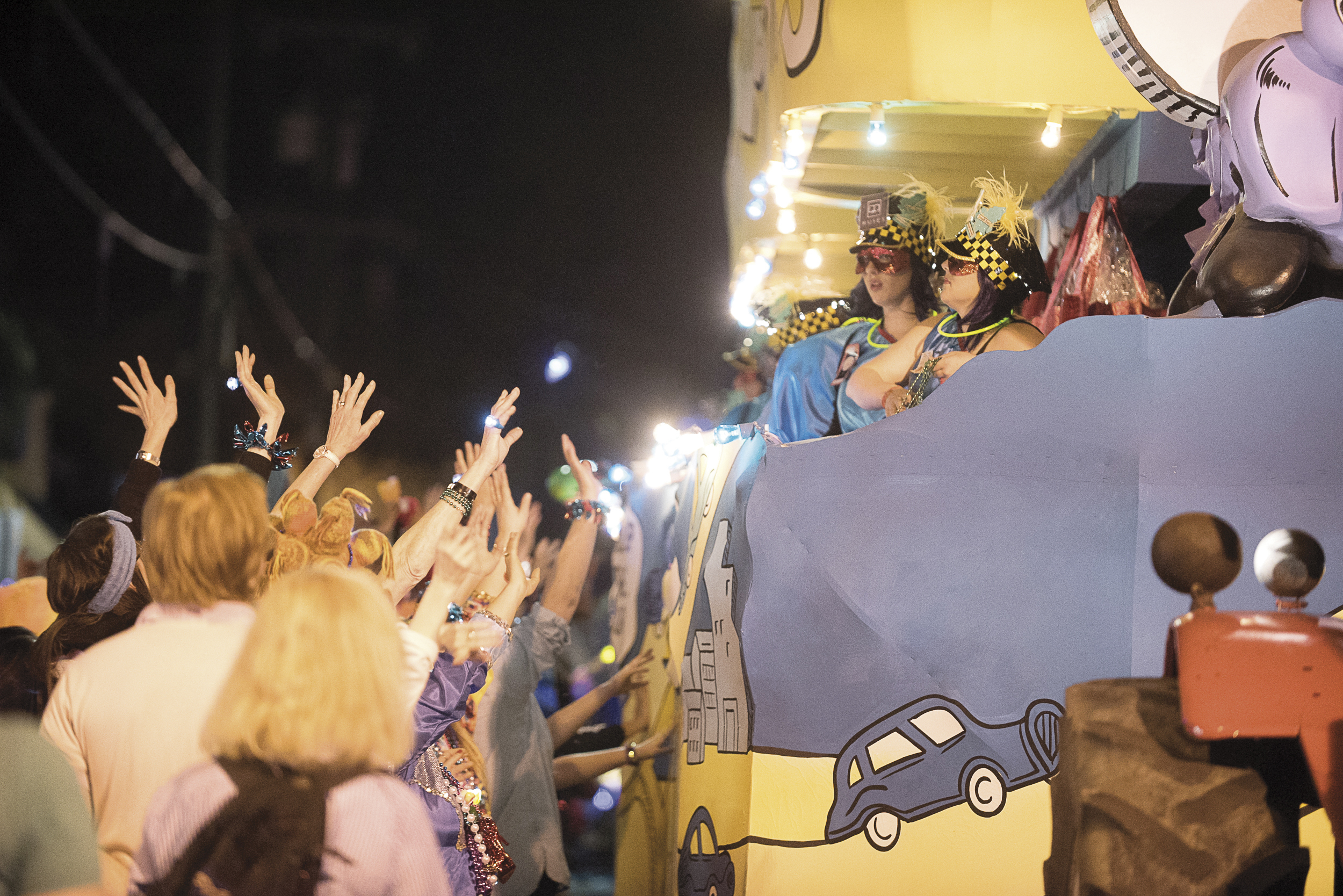 Mardi Gras Etiquette: Deaux's and Don'ts of Carnival
