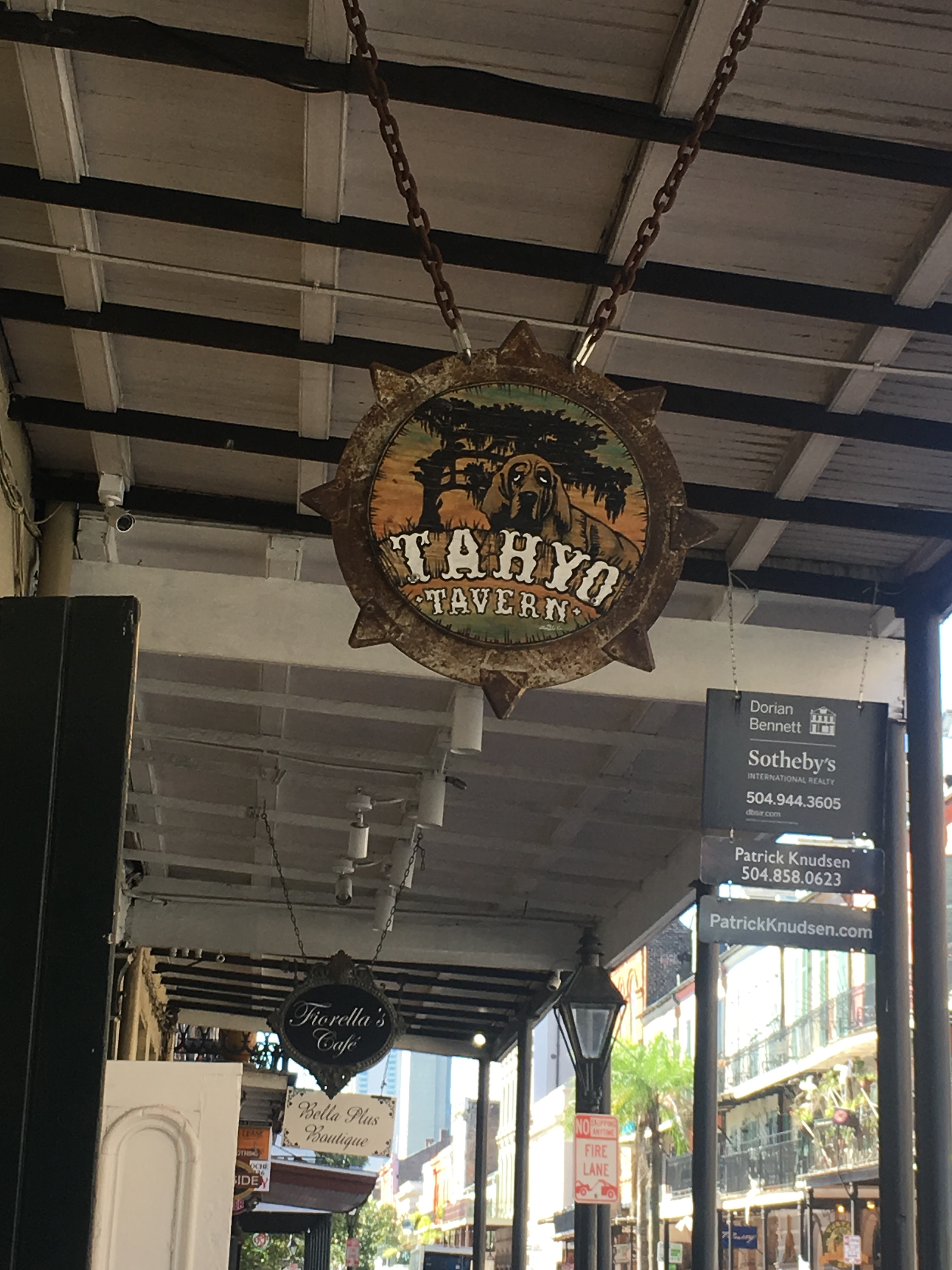 New Orleans Bar Guide 2017