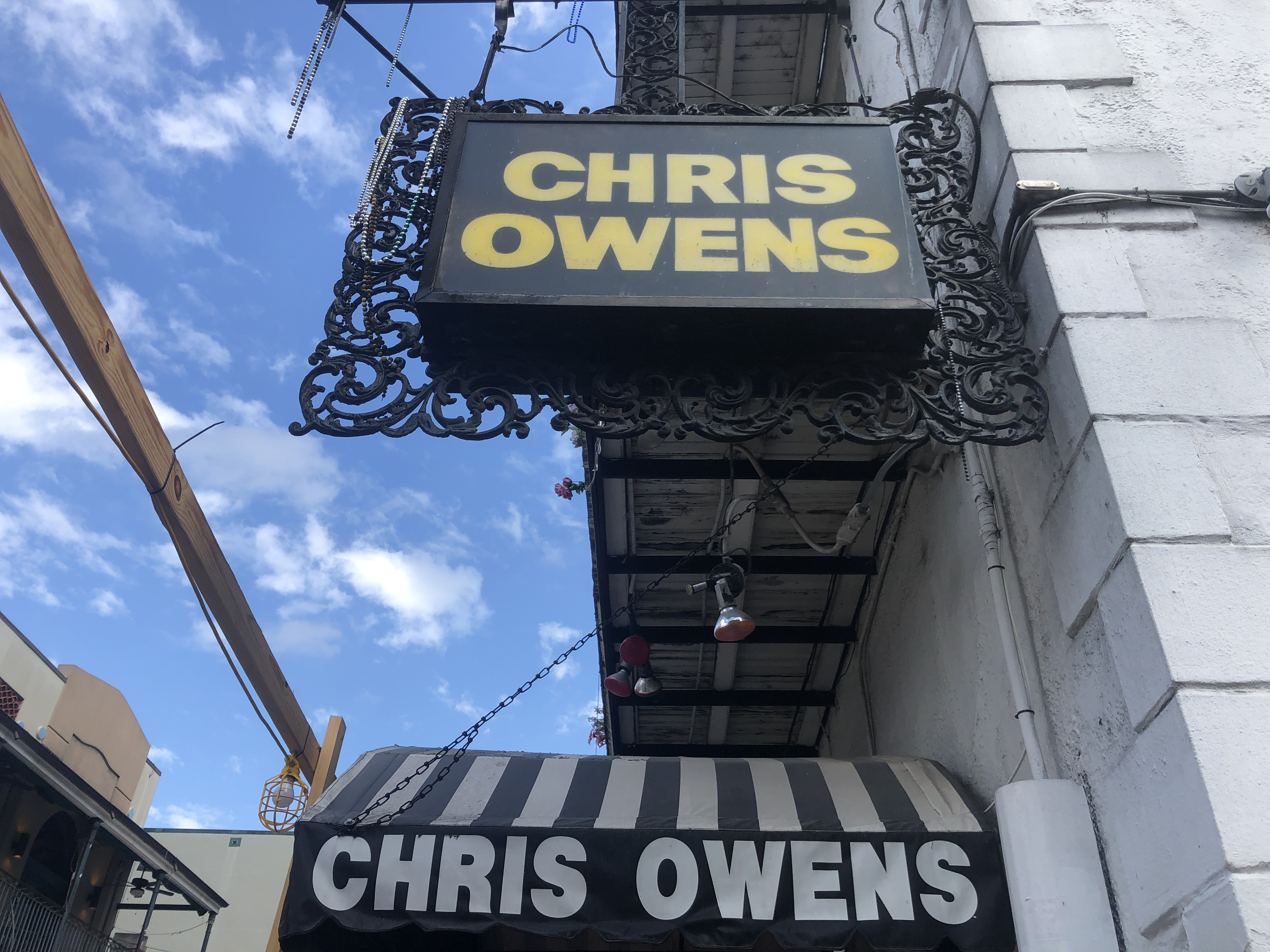 The Only New Orleans Bar Guide You'll Ever Need